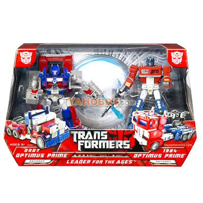 "Transformers 2007 Movie ""Leader For The Ages"" Optimus Prime Box Set"