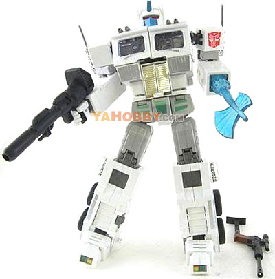 Takara Tomy Transformers G1 Masterpiece Ultra Magnus MP-02