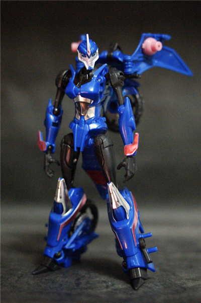 Transformers Prime Japanese Exclusive AM-11 Arcee