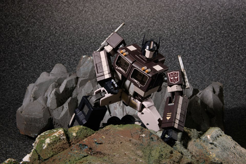 Transformers Masterpiece Convoy Sleep Mode with Trailer MP-04S